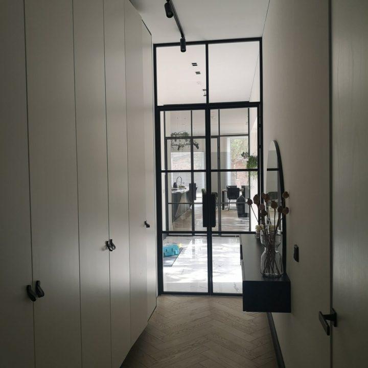 Skaidrios dvivėrės durys